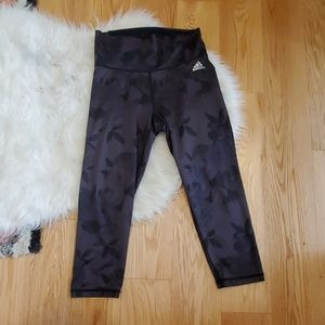 Adidas Rose's pattern climalite capri leggings,  S